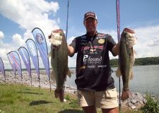 FLW Rayovac Series Day 2 - Kentucky Lake